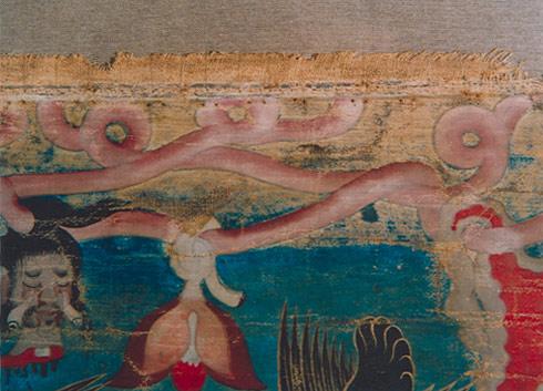 Bild: Opferthangka, Gesamtansicht Vorderseite, nach der Restaurierung